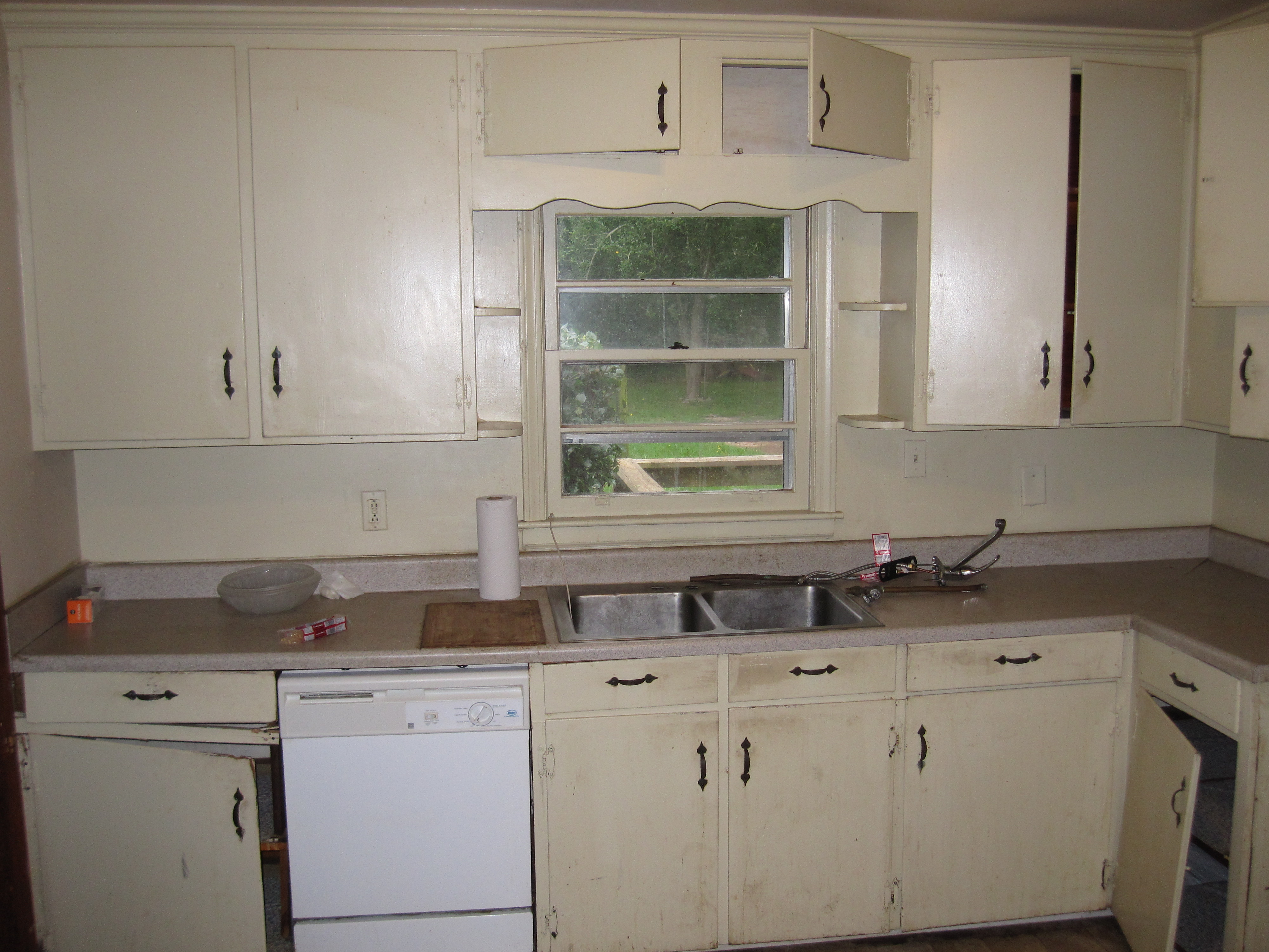Simple Kitchen Renovation before – simple kitchen renovation | carey's carpentry service